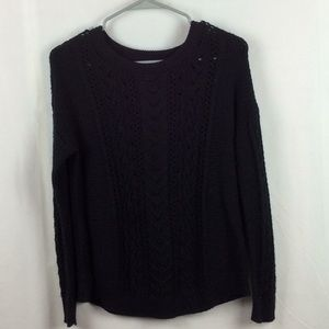 Size small old navy sweater